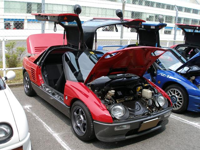 �@MI �A赤い方(黒い方もある) �BHiFiオーディオをすっきりインストール AZ-1でオーディオカー! �C初参加 �D関西翼組